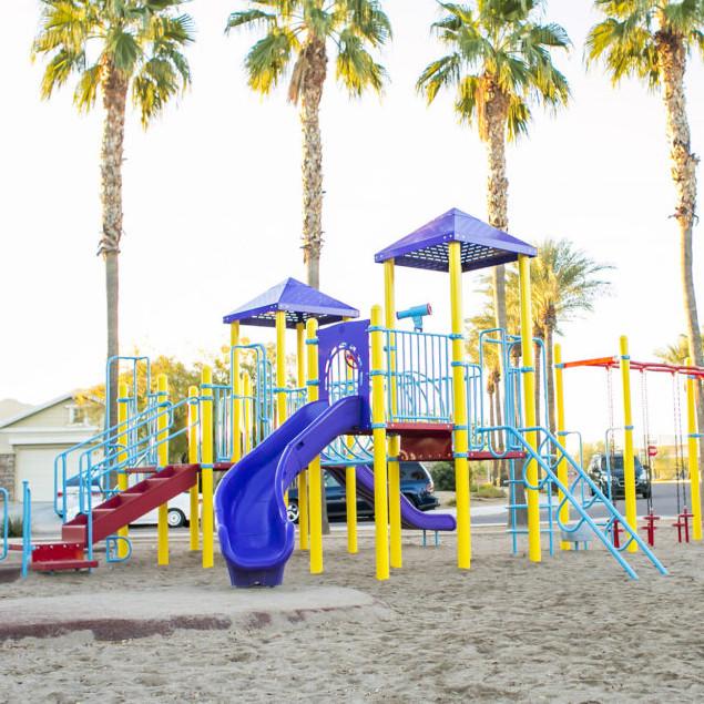 Детские площадки, спортивные комплексы