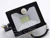 Прожектор светодиодный LED светодиодный 20w 6500K IP65 1600LM со встроенным датчиком чёрный