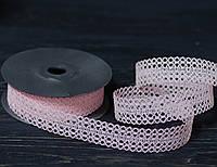 Лента декоративная нежно-розового цвета ажурная 3 см