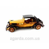 Машинка деревянная в ретро-стиле