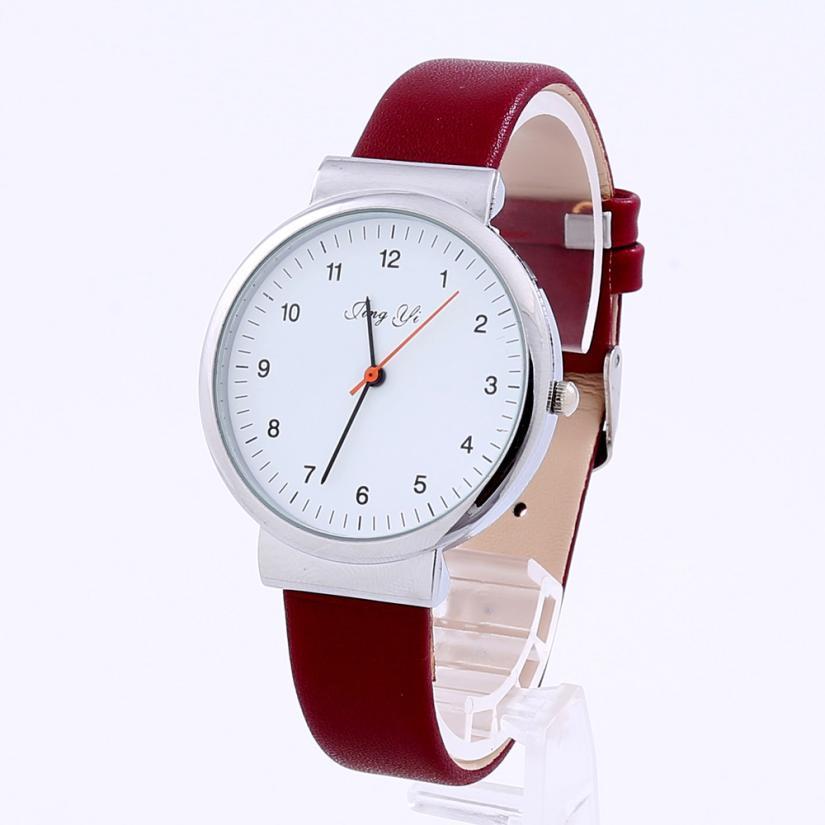 Женские наручные часы с красным ремешком | 37342