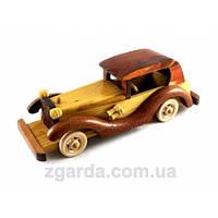 Деревянная машинка в стиле ретро