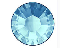 Стразы Сваровски оптом и в розницу клеевые горячей фиксации 2038 Aquamarine F (202)