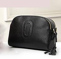 Женская сумка маленькая кожаная черная через плечо с кисточкой опт