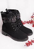 Женские ботинки с ремнем и шнуровкой