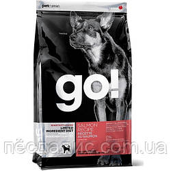 GO! Limited Salmon Dog Recipe беззерновой сухой корм для щенков и собак с лососем для чувствительного пищеварения 11,34кг