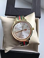 Женские часы Gucci
