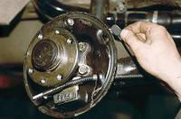 Замена тормозных колодок (дисковых)