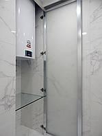 Дверь-ниша из матового стекла в ванную комнату на заказ.