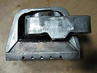 Подушка двигателя правая Skoda Oktavia A5, Superb, Yeti 1K0199262L