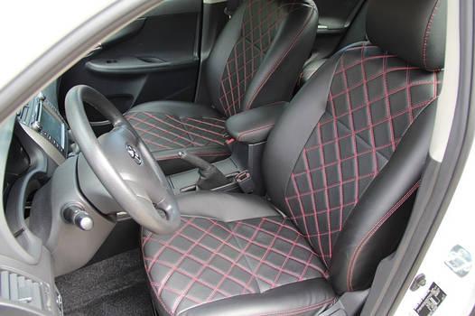 Чехлы на сиденья Тойота РАВ 4 (Toyota RAV4) (модельные, 3D-ромб, отдельный подголовник)