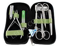 Маникюрный набор инструментов с темно-зеленным чехлом  KDS 04-7105