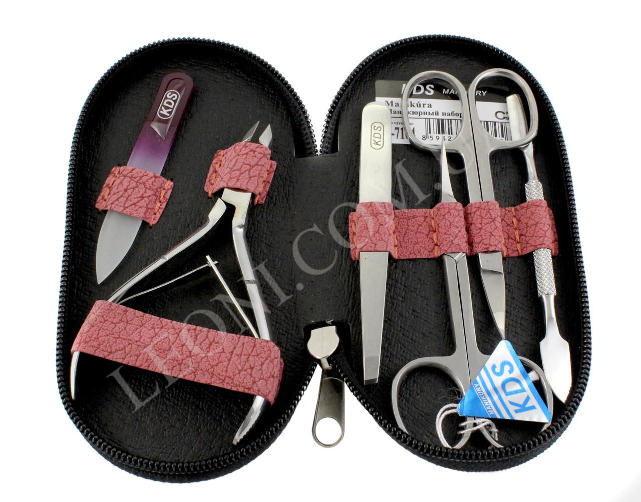 Маникюрный набор инструментов KDS 04-7104.