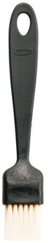 Кисточка кондитерская Essential 20 см 1023802 Fiskars