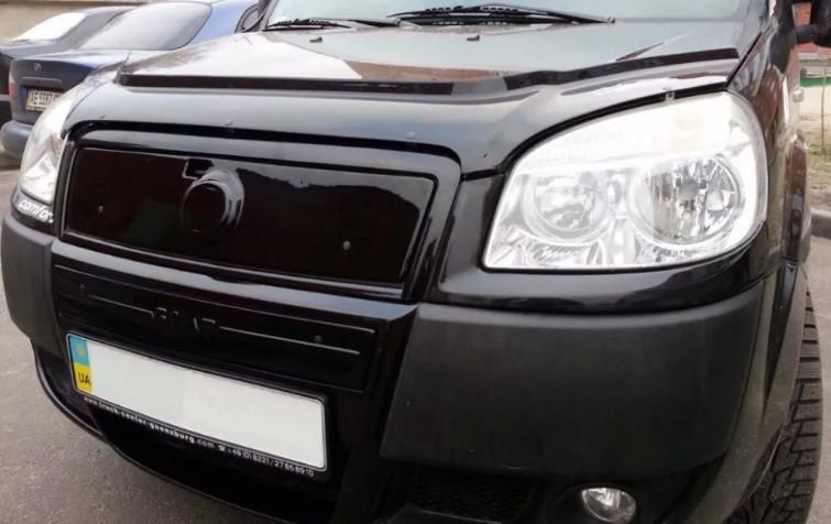 "Зимняя накладка Fiat Doblo 2006-2011 мат Средняя ""FLY"""
