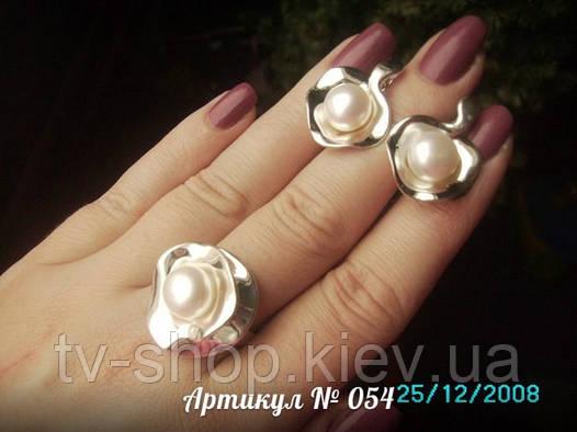 Гарнитур из серебра c  жемчугом 054