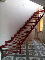 Каркас лестницы с 2 поворотами и забежными ступенями., фото 1