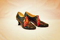 Туфлі жіночі з вишивкою