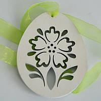 Яйцо деревянное на ленте. Пасхальное украшение