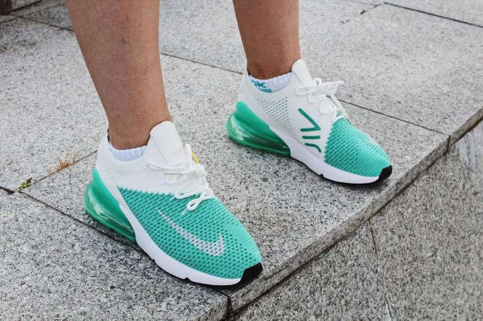 "Кроссовки женские Nike Air Max 270 Flyknit ""Igloo"" / AH6803-301 (Реплика)"