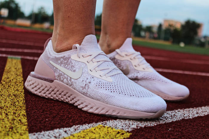 "Кроссовки женские Nike Epic React Flyknit ""Pearl Pink"", Найк Эпик Реакт / AQ0067-600 (Реплика)"
