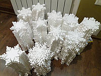 Снежинки из пенопласта 10