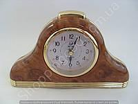 Настільні годинники будильник Pearl PR2 трикутні з підсвічуванням арабські цифри кроковий хід Коричневий