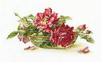 RTO Набор для вышивания Розы в пиале