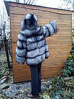 Полушубок из светлой чернобурой лисицы с длинным рукавом и капюшоном (размер 46-48)
