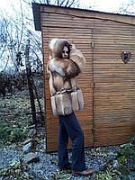Полушубок из рыжей лисицы с поясом и капюшоном, прямой покрой (размер 46-48)