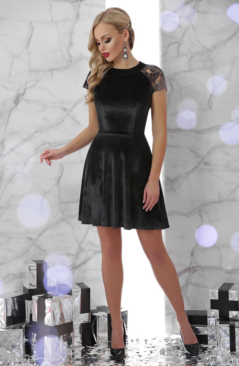 Черное платье клеш короткое велюровое