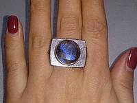 Красивое кольцо 17,5 размер с натуральным камнем лабрадор в серебре. Перстень с лабрадором. Индия, фото 1