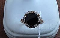 Серебряное позолоченное кольцо с ониксом