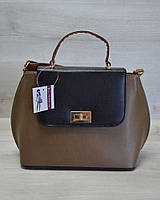 Молодежная женская сумка-клатч кофейный гладкий