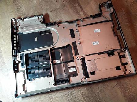 Нижняя часть корпуса (корыто)  samsung NP-R40   оригинал б.у, фото 2