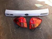 Комплект задних фонарей+центральная часть на крышку багажник legacy/ out back BP5/BPE. Япония