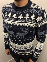 Мужской теплый свитер черный с зимним орнаментом