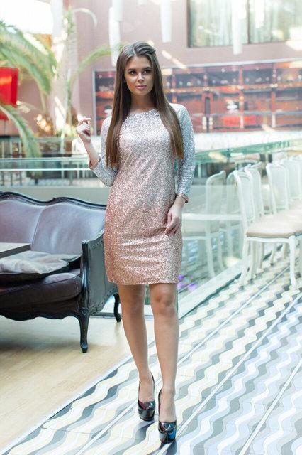 Блестящее яркое платье с рукавом 3/4 напыление амбре+ подкладка размер 42,44,46