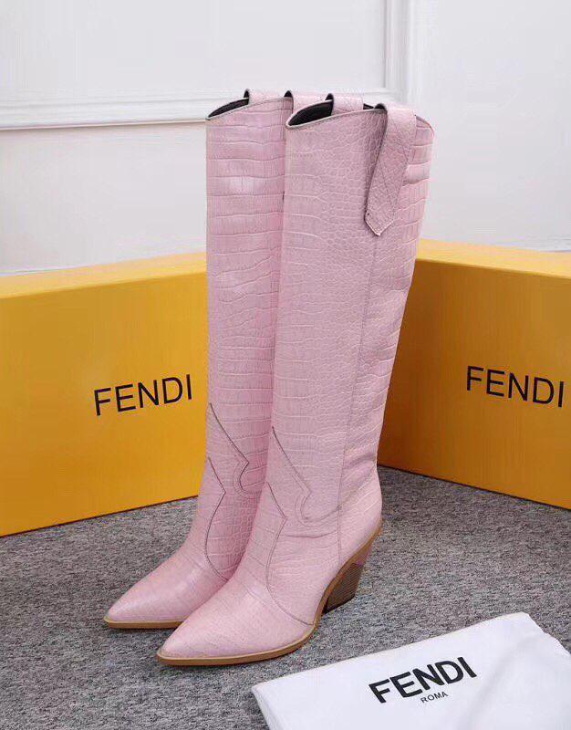 Женские зимние сапоги Fendi розовые натуральная кожа. В Украине!