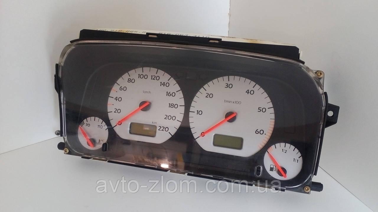 Щиток приборов Volkswagen Golf 3, Гольф 3 1,4 - 1,6. 1H0919865A, 6160633110.