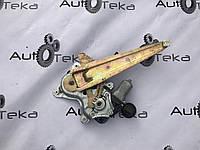 Стеклопод'емник задній правий Lexus RX (XU30) 2003-2009р