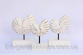 """Набір різьблених статуеток """"Кругла біла мушля"""" з дерева (23, 21 і 19 см)"""
