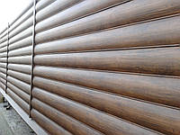 Забор из металлического сайдинга блок-хаус