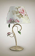 Настольная лампа с абажуром в стиле прованс для спальни, зала