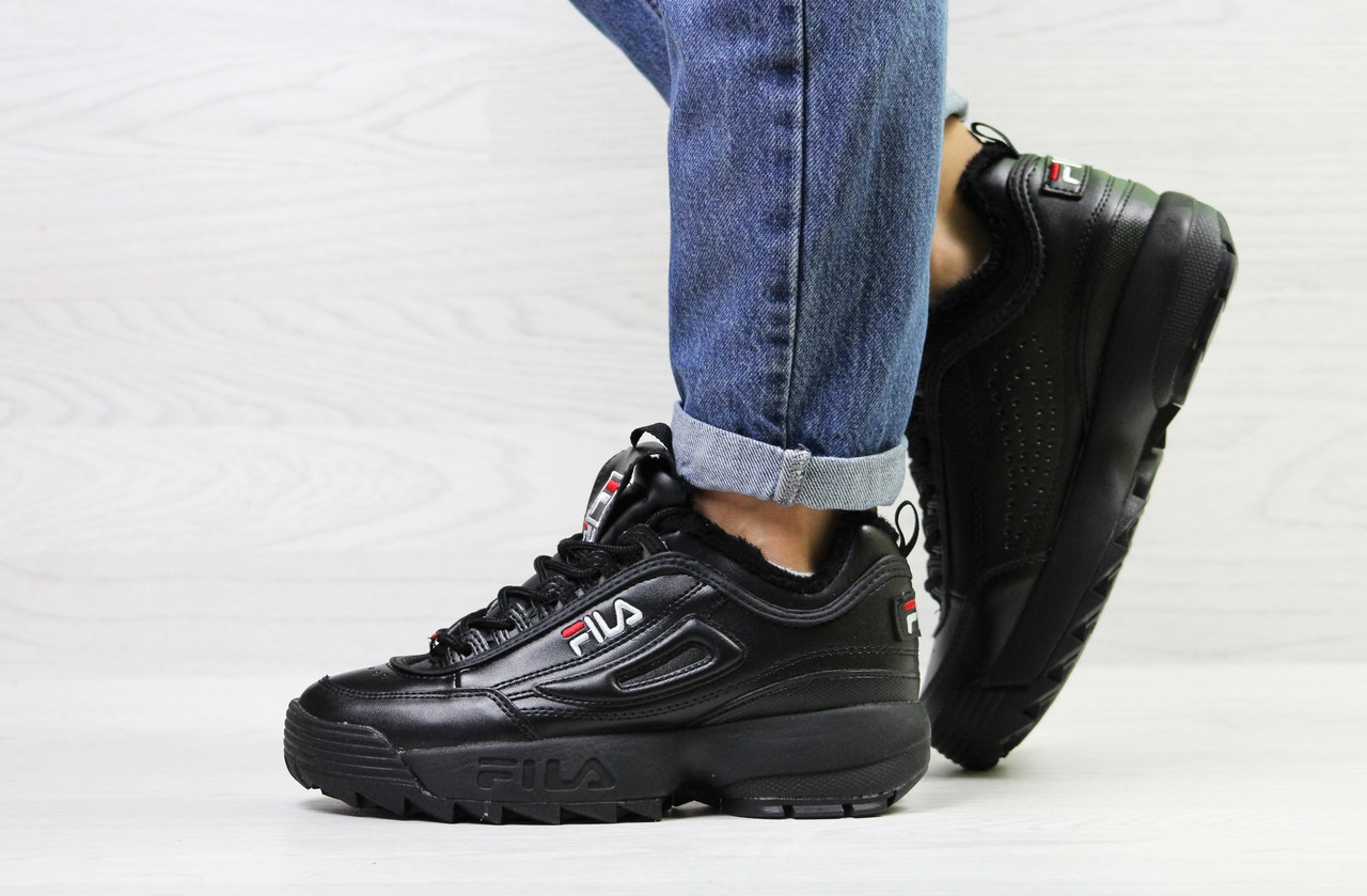 a3d1a16d3202 Кроссовки женские на меху Fila черного цвета топ реплика - Интернет-магазин  обуви и одежды