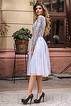 Вечернее платье миди с пышной юбкой с длинными рукавами светло серое, фото 2