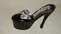 Шкатулка для украшений у форме туфли