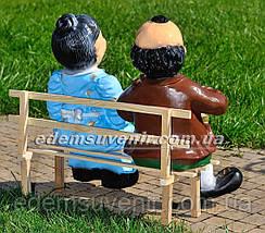 Садовая фигура Баба с дедом на скамейке, фото 3