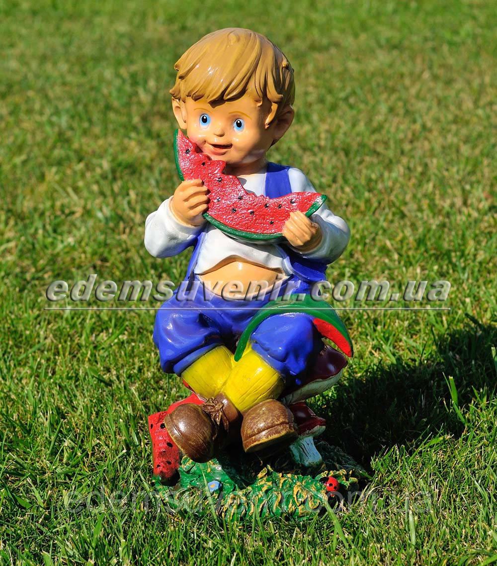 Садовая фигура Мальчик с арбузом