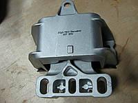 Подушка двигателя левая VW Golf IV, Bora 1J0199555AK